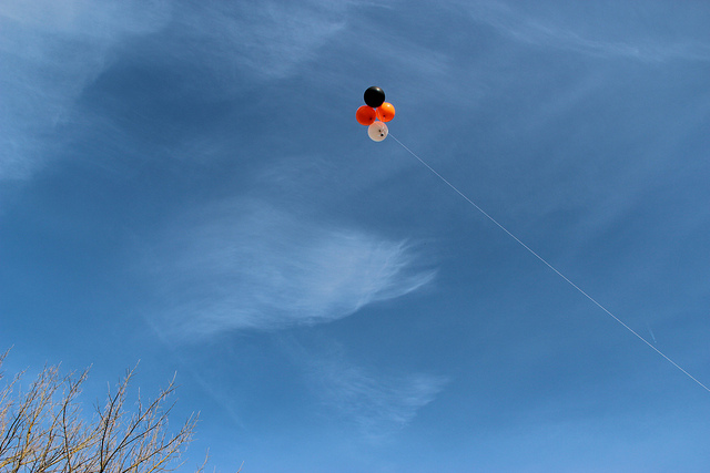 Mapping balloons, photo jokin lacalle, flickr