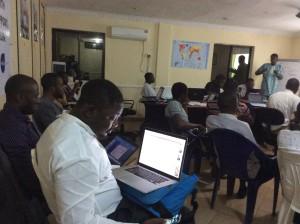 SchoolofData Fellow - Oludotun Babayemi taking on the Data Exploration session