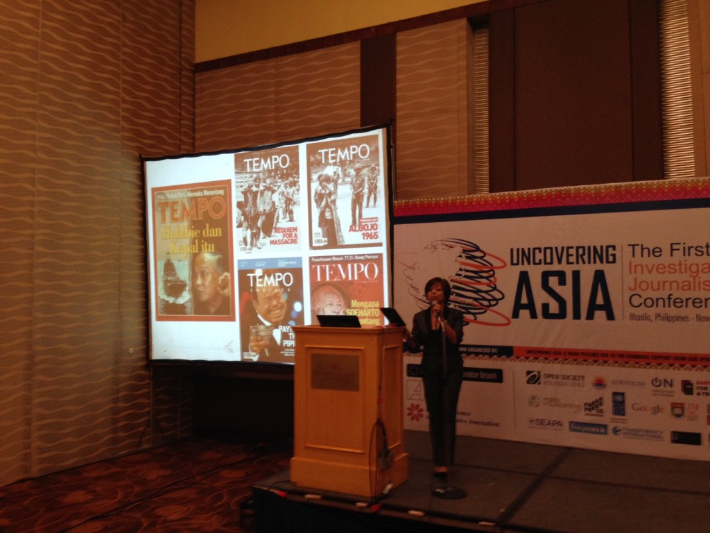 Sheila Coronel giving her keynote at the conference. A [transcript of her talk](http://www.rappler.com/thought-leaders/76100-truth-power-asian-value) has been published on Rappler.